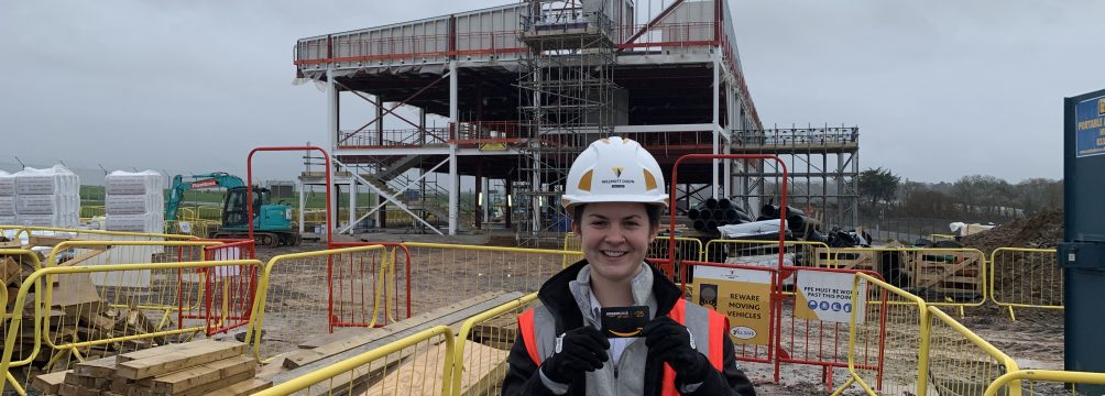 Roxanne Weller Apprentice Construction Site Manager 2020 1004x360 - Apprentice of the Month - January 2020